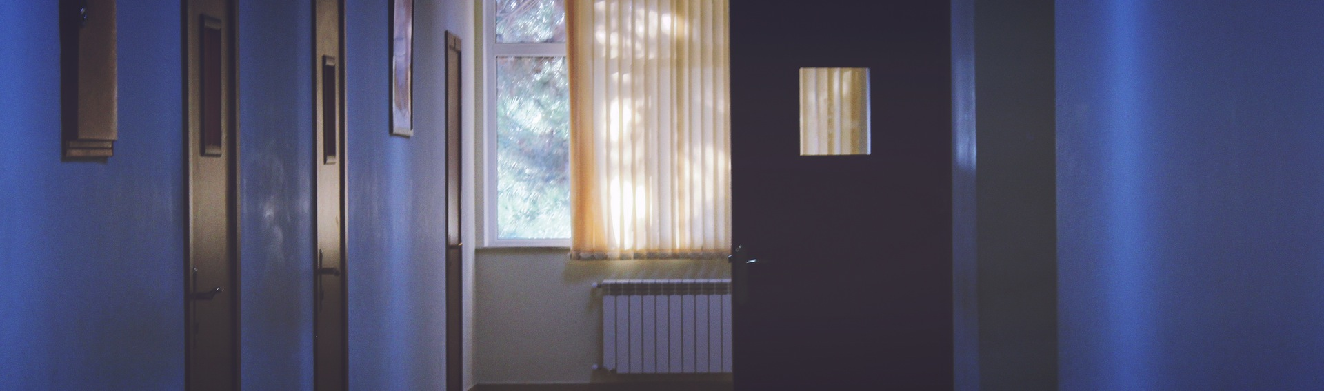 Rum der ikke er grundbelyst med dynamisk belysning